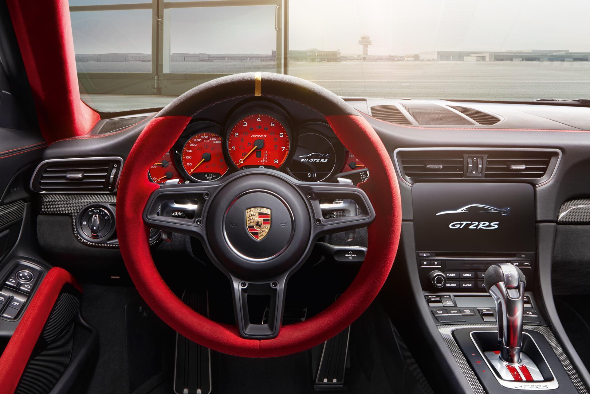 911 GT2 RS une vraie voiture de course