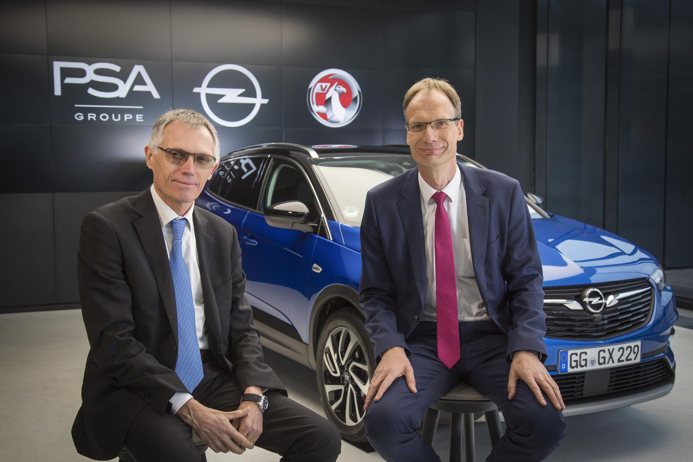 Carlos Tavares, patron de PSA, et Michael Lohscheller, PDG d'Opel