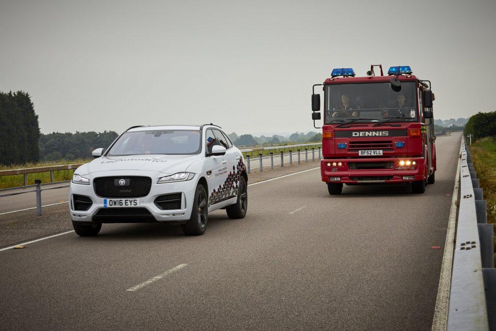 Jaguar Land Rover teste des véhicules autonomes dans les rues de Coventry