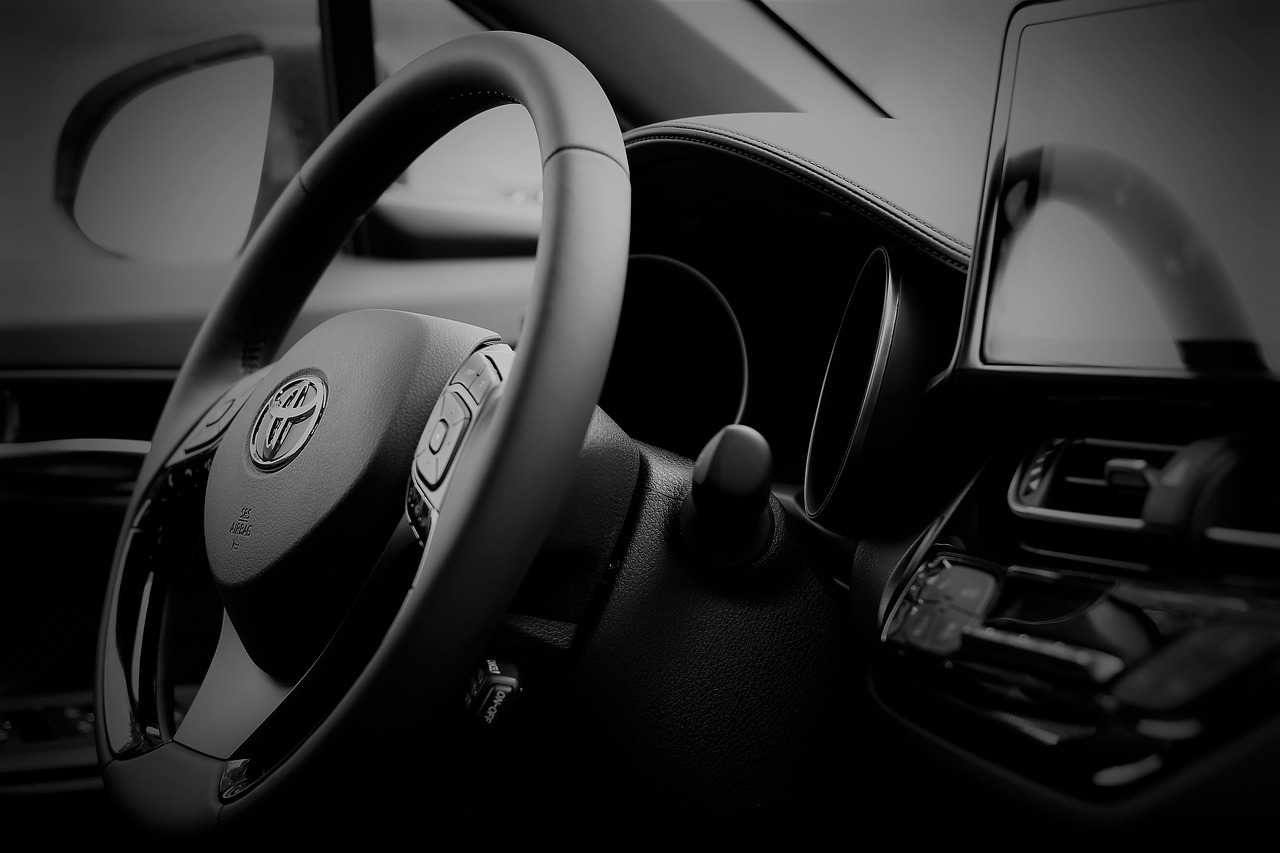 special section innovative design pretty nice Toyota vend une voiture avec une batterie à hydrogène pour ...